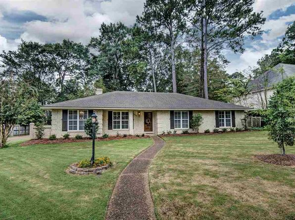 4 bed 3 bath Single Family at 2435 SOUTHWOOD RD JACKSON, MS, 39211 is for sale at 230k - 1 of 33