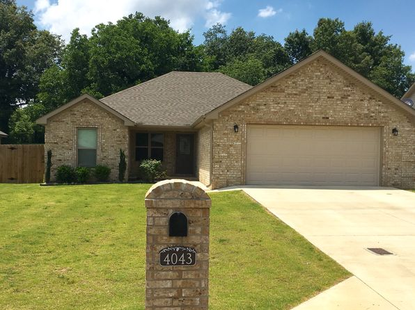 3 bed 2 bath Single Family at 4043 Gabrial Ct Jonesboro, AR, 72401 is for sale at 165k - 1 of 27