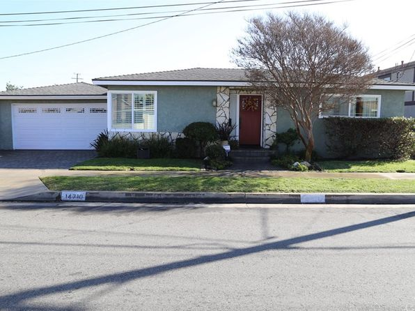 2 bed 2 bath Single Family at 14710 MANSEL AVE LAWNDALE, CA, 90260 is for sale at 565k - 1 of 6