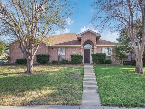 4 bed 2 bath Single Family at 7424 WILD BRICK DR DALLAS, TX, 75249 is for sale at 200k - 1 of 10
