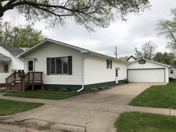 2 bed 2 bath Single Family at 121 E Spirit Ave Tomahawk, WI, 54487 is for sale at 119k - 1 of 20