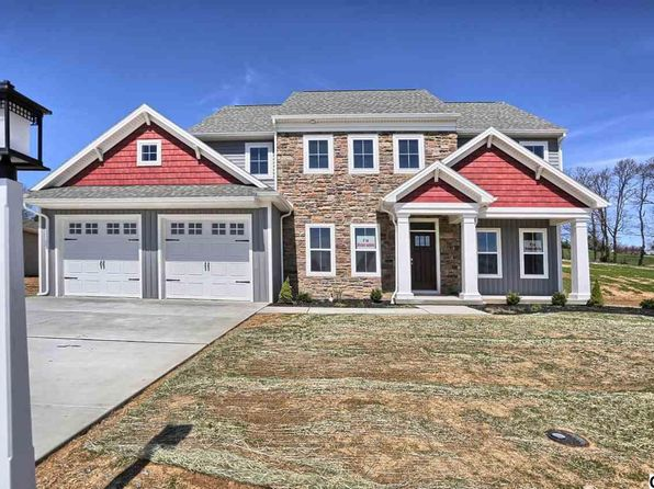 4 bed 2.5 bath Single Family at 22 Grayhawk Way N Mechanicsburg, PA, 17050 is for sale at 468k - 1 of 23