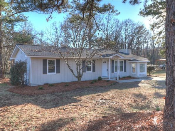 3 bed 2 bath Single Family at 716 OLD CONYERS RD STOCKBRIDGE, GA, 30281 is for sale at 130k - 1 of 29