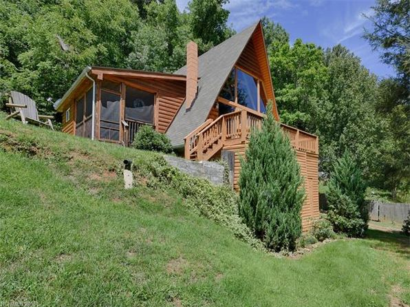 2 bed 2 bath Single Family at 96 Lorraine Dr Waynesville, NC, 28785 is for sale at 146k - 1 of 24