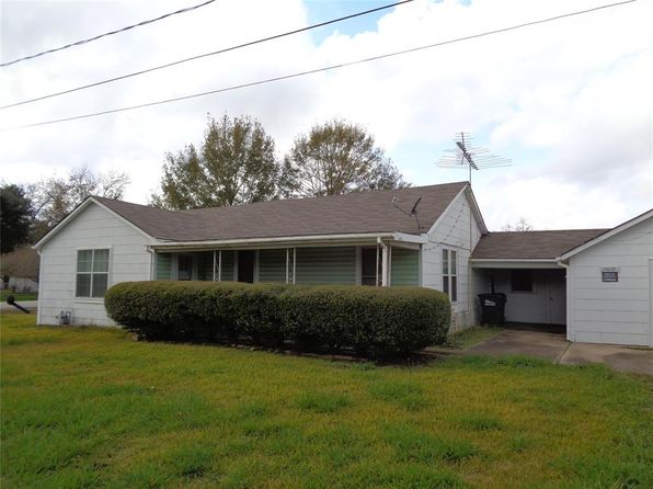 2 bed 1 bath Single Family at 7618 Avenue H Beasley, TX, 77417 is for sale at 95k - 1 of 14