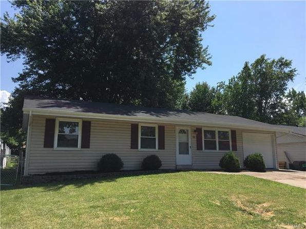 3 bed 1 bath Single Family at 48 Churchill Downs Dr Saint Peters, MO, 63376 is for sale at 140k - 1 of 9