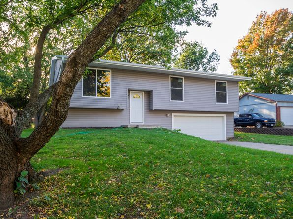 3 bed 3 bath Single Family at 2925 SW TUTBURY TOWN RD TOPEKA, KS, 66614 is for sale at 156k - 1 of 30
