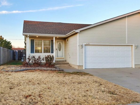 3 bed 3 bath Single Family at 1319 Sierra Dr Salina, KS, 67401 is for sale at 157k - 1 of 34