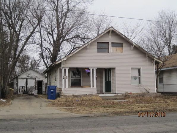 2 bed 1 bath Single Family at 111 D St NW Miami, OK, 74354 is for sale at 35k - google static map