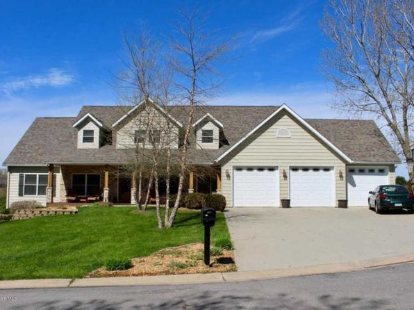 6 bed 6 bath Single Family at 949 E 15th St Saint Charles, MN, 55972 is for sale at 588k - 1 of 59