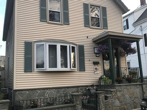 4 bed 2 bath Single Family at 170 BLACKMER ST NEW BEDFORD, MA, 02744 is for sale at 195k - 1 of 19