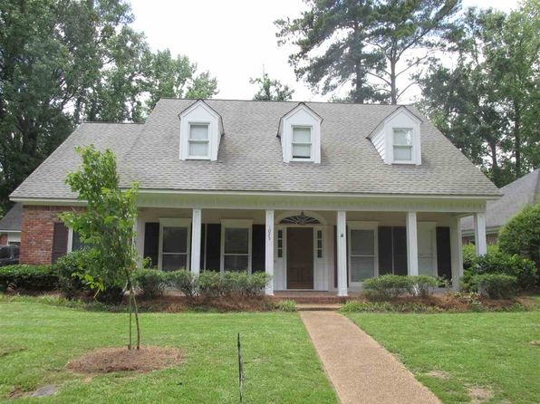 4 bed 4 bath Single Family at 1055 Newland St Jackson, MS, 39211 is for sale at 240k - 1 of 19