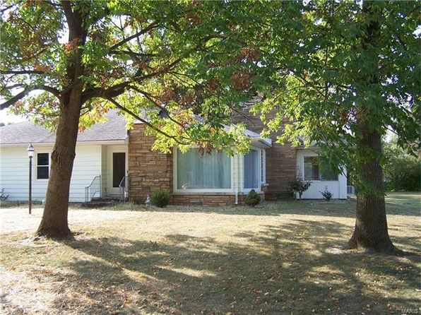 2 bed 2 bath Single Family at 22 Davis Dr Jerseyville, IL, 62052 is for sale at 140k - 1 of 27