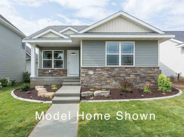 3 bed 3 bath Single Family at 1614 Parkview Ln Davenport, IA, 52807 is for sale at 250k - 1 of 24