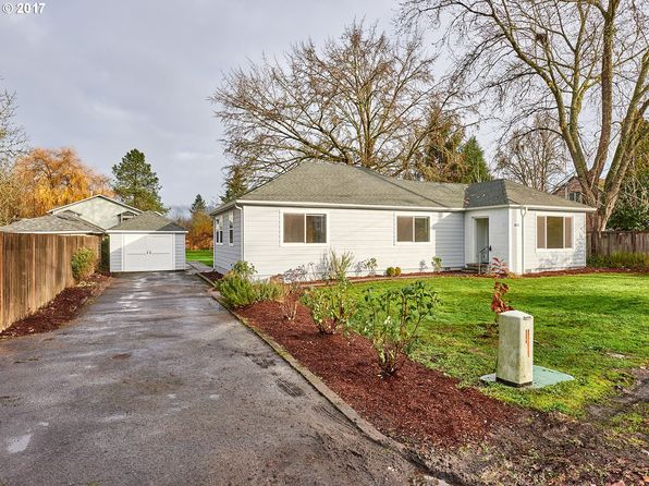3 bed 2 bath Single Family at 811 Sierra Vista Dr Newberg, OR, 97132 is for sale at 310k - 1 of 31