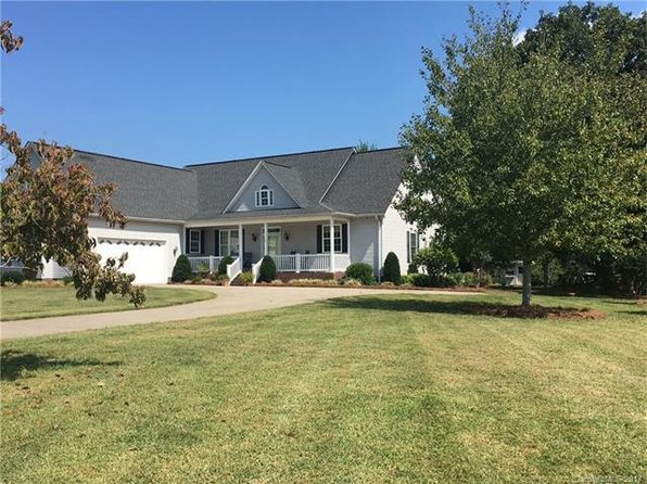 3 bed 2 bath Single Family at 246 Glenwood Dr Oakboro, NC, 28129 is for sale at 260k - 1 of 20