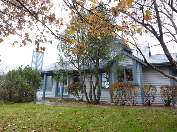 2 bed 4 bath Condo at 929 Bay View Cir Mukwonago, WI, 53149 is for sale at 240k - 1 of 25
