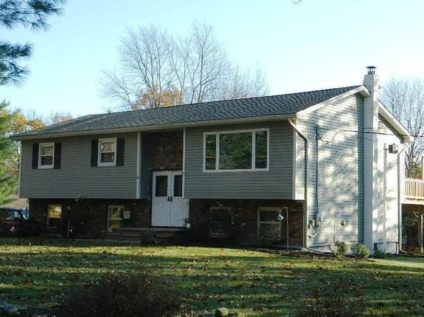 3 bed 2 bath Single Family at 11 Franklin Ln Otisville, NY, 10963 is for sale at 238k - 1 of 19