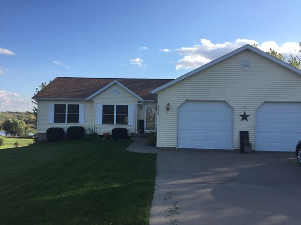 4 bed 3 bath Single Family at 2919 N Dr Parnell, IA, 52325 is for sale at 240k - 1 of 11