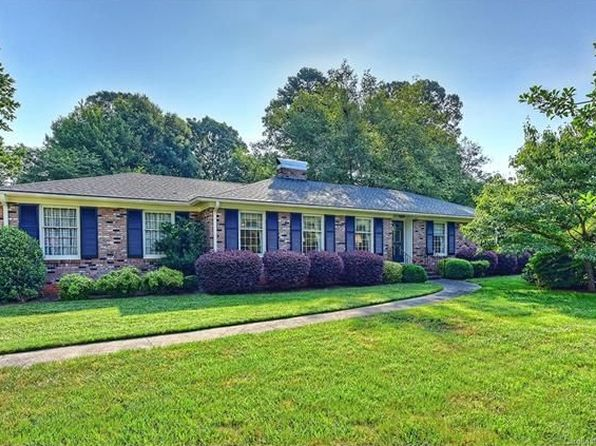 3 bed 2 bath Single Family at 6427 Burlwood Rd Charlotte, NC, 28211 is for sale at 319k - 1 of 24