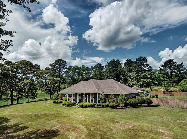 3 bed 2 bath Single Family at 178 Tugwell Rd Magee, MS, 39111 is for sale at 270k - 1 of 47