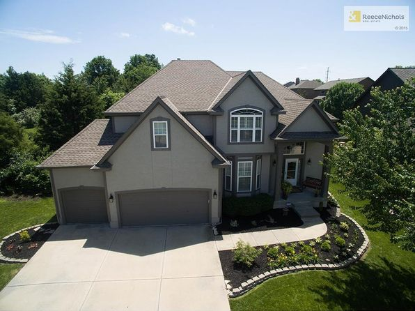 5 bed 5 bath Single Family at 9017 W 143rd Pl Overland Park, KS, 66221 is for sale at 450k - 1 of 25