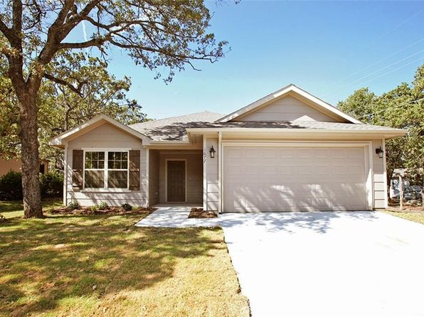 4 bed 2 bath Single Family at 1677 Long Ave Azle, TX, 76020 is for sale at 165k - 1 of 29
