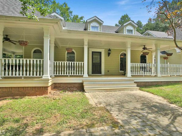 4 bed 5 bath Single Family at 313 Old Norton Rd Fayetteville, GA, 30215 is for sale at 439k - 1 of 36