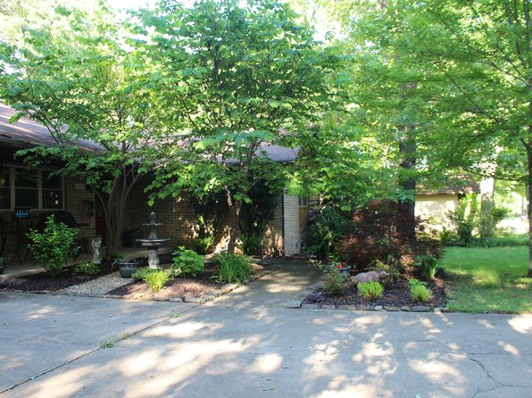 3 bed 2 bath Single Family at 2002 Franklin Ave Mountain Home, AR, 72653 is for sale at 155k - 1 of 11