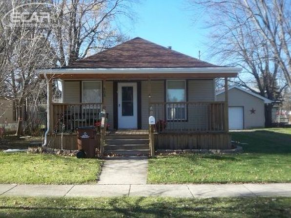 2 bed 1 bath Single Family at 808 Abrey Ave Owosso, MI, 48867 is for sale at 68k - 1 of 2