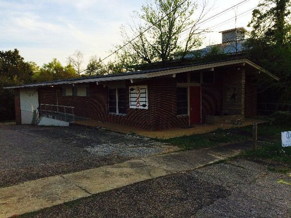 4 bed 1 bath Single Family at 318 W Walnut St Troy, AL, 36081 is for sale at 125k - google static map