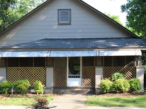 3 bed 1 bath Single Family at 309 E 2nd Ave Tennille, GA, 31089 is for sale at 49k - 1 of 8