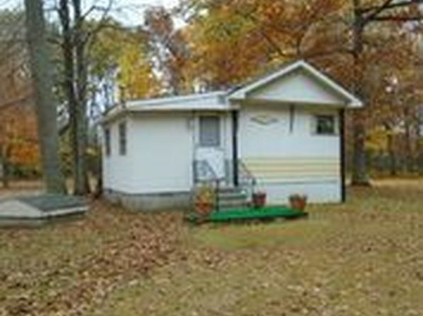 2 bed 1 bath Mobile / Manufactured at 7261 JEANETTE ST OSCODA, MI, 48750 is for sale at 27k - 1 of 11