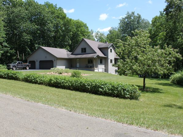 2 bed 3 bath Single Family at N5610 Thunderbird Rd Portage, WI, 53901 is for sale at 315k - 1 of 29