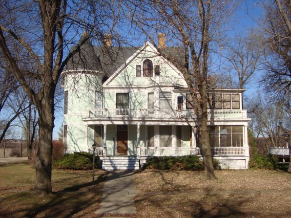 5 bed 2 bath Single Family at 202 E Walnut St Waterville, KS, 66548 is for sale at 112k - 1 of 40
