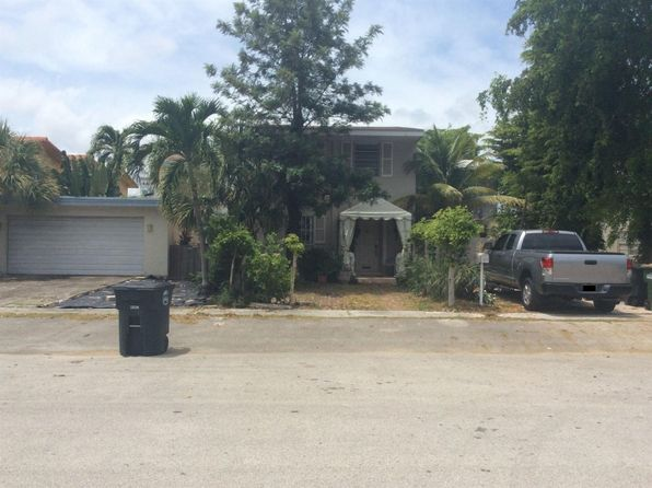 2 bed 3 bath Single Family at 1813 NE 121st St North Miami, FL, 33181 is for sale at 315k - 1 of 8