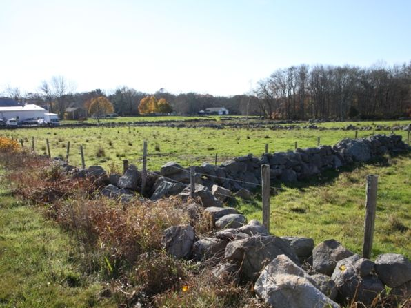 null bed null bath Vacant Land at  Main Rd Westport, MA, 02790 is for sale at 300k - 1 of 10