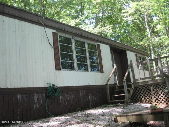 3 bed 2 bath Mobile / Manufactured at 6270 E Interlochen Rd Fountain, MI, 49410 is for sale at 39k - 1 of 36
