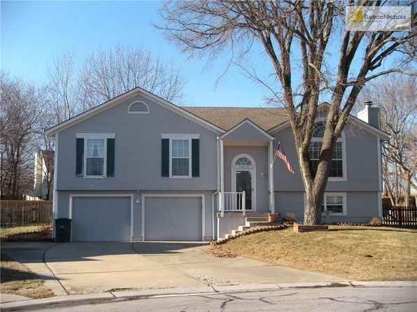 4 bed 3 bath Single Family at 1412 NE Buttonwood Ct Lees Summit, MO, 64086 is for sale at 200k - 1 of 25