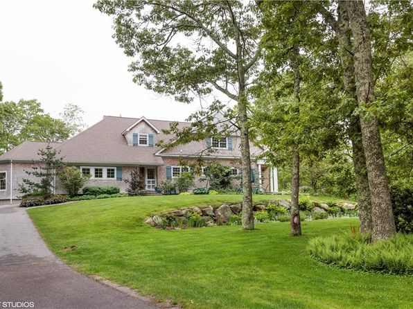 3 bed 2.5 bath Single Family at 544 Ministerial Rd South Kingstown, RI, 02879 is for sale at 687k - 1 of 30