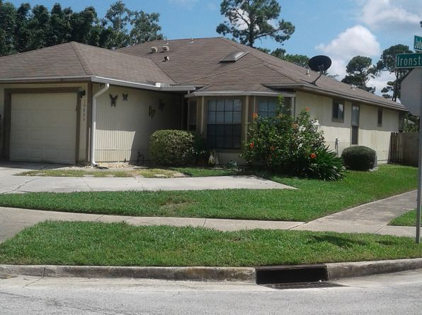 3 bed 2 bath Townhouse at 10826 Ironstone Dr S Jacksonville, FL, 32246 is for sale at 128k - 1 of 8