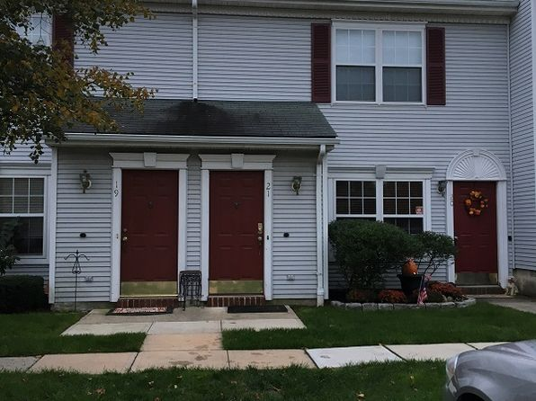 1 bed 1 bath Condo at 21 Bristel Rd Holmdel, NJ, 07733 is for sale at 116k - 1 of 8