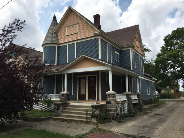 4 bed 3 bath Multi Family at 146 State St Elkhart, IN, 46516 is for sale at 25k - 1 of 7