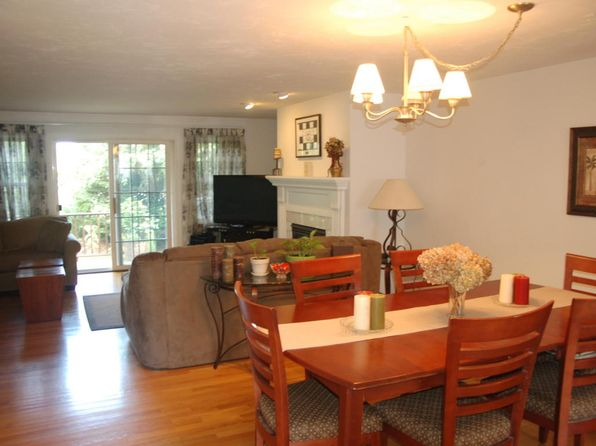 2 bed 2 bath Condo at 174 Queen St Falmouth, MA, 02540 is for sale at 400k - 1 of 12