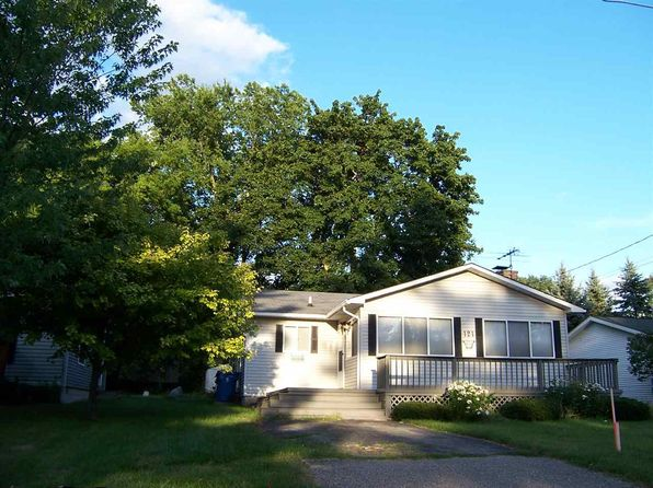 2 bed 1 bath Single Family at 121 Flora Ave Houghton Lake, MI, 48629 is for sale at 80k - 1 of 25