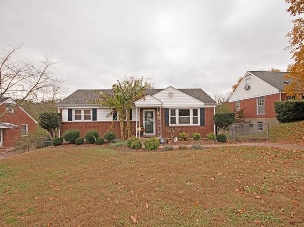 3 bed 2 bath Single Family at 2026 ROSE CLIFF DR NASHVILLE, TN, 37206 is for sale at 370k - 1 of 23