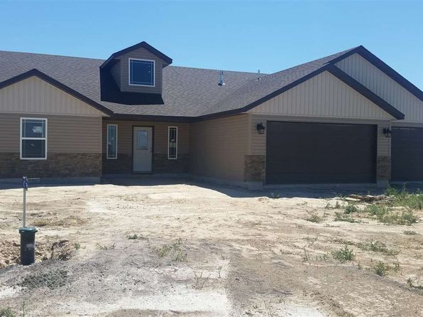 4 bed 2 bath Single Family at 4040 Mountain Vista Ln Filer, ID, 83328 is for sale at 277k - 1 of 8