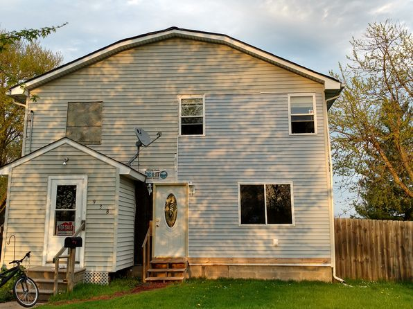 3 bed 3 bath Single Family at 938 S Center St Geneseo, IL, 61254 is for sale at 125k - 1 of 33
