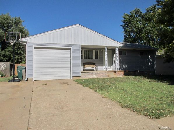 4 bed 3 bath Single Family at 420 Maple Ave Salina, KS, 67401 is for sale at 120k - 1 of 22