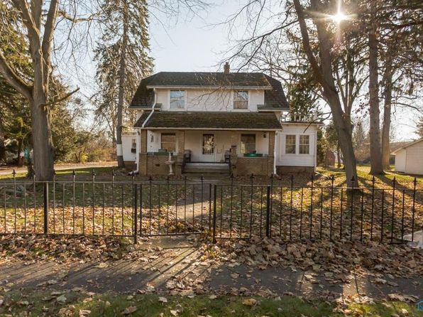 3 bed 2 bath Single Family at 1051 Farnsworth Rd Waterville, OH, 43566 is for sale at 175k - 1 of 36